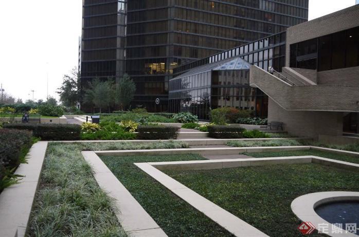 国外街头商业街花园设计方案实景图